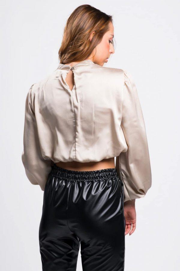 blouse-femme-ras-du-cou-satinée-beige