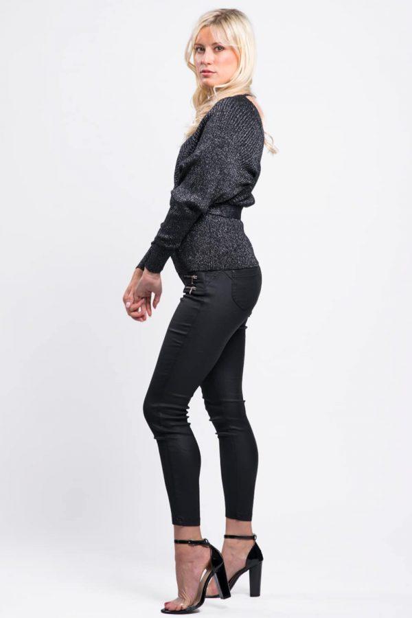 pull-noir-irisée