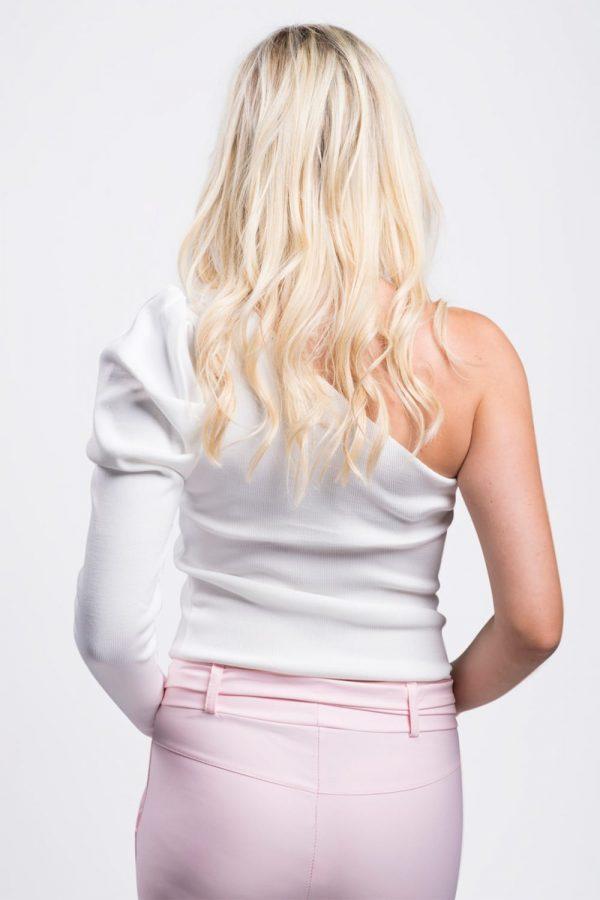 top-blanc-épaules-dénudée