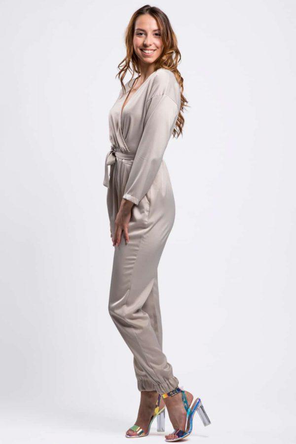 combinaison-pantalon-beige-aspect-soie