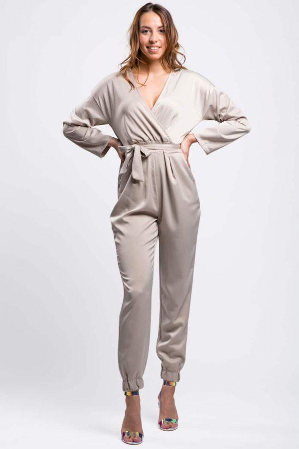 combinaison-pantalon-beige-soie