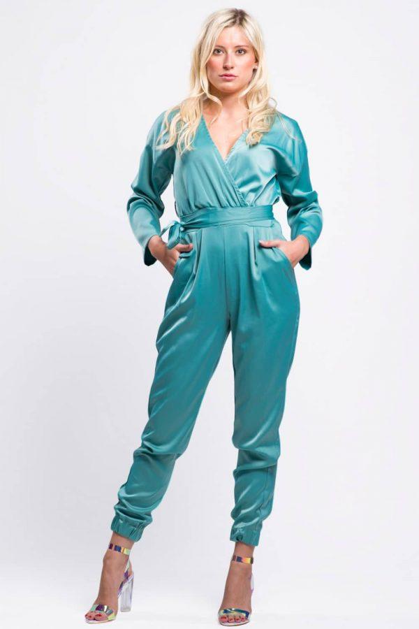 combinaison-pantalon-vert-d'eau-aspect-soie