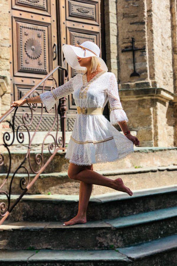 robe-blanche-courte-boheme-chic
